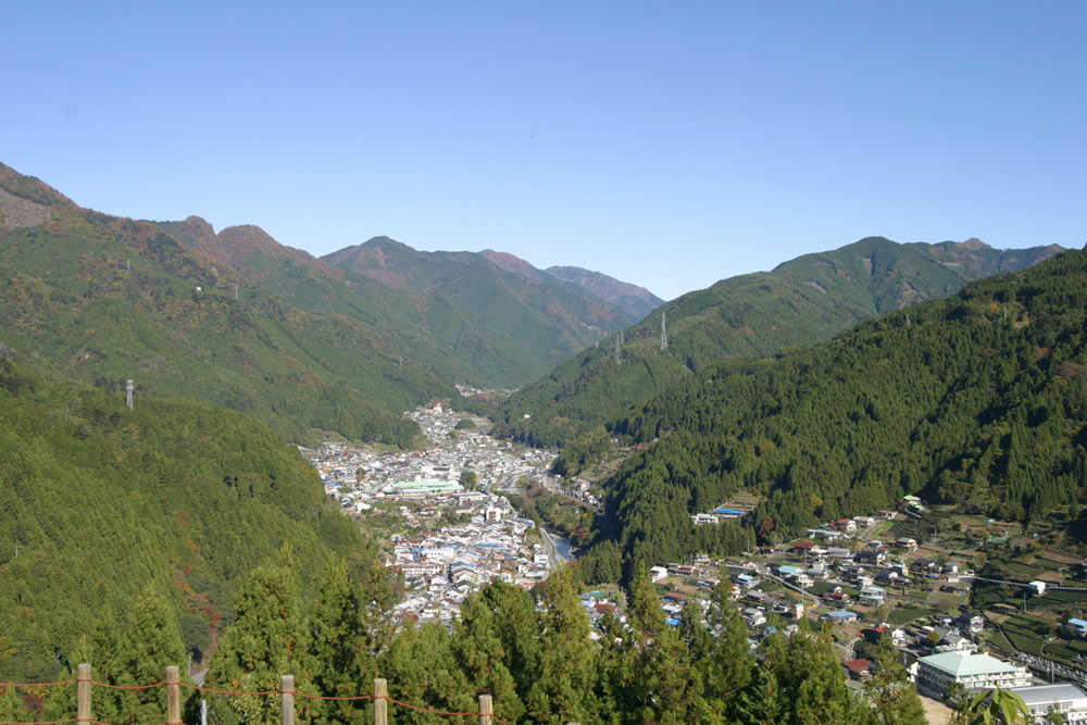 misakubo-fuukei-yama01