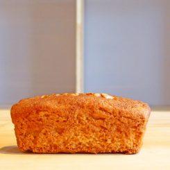 栃パウンドケーキ 単品 1個 250円(税込)